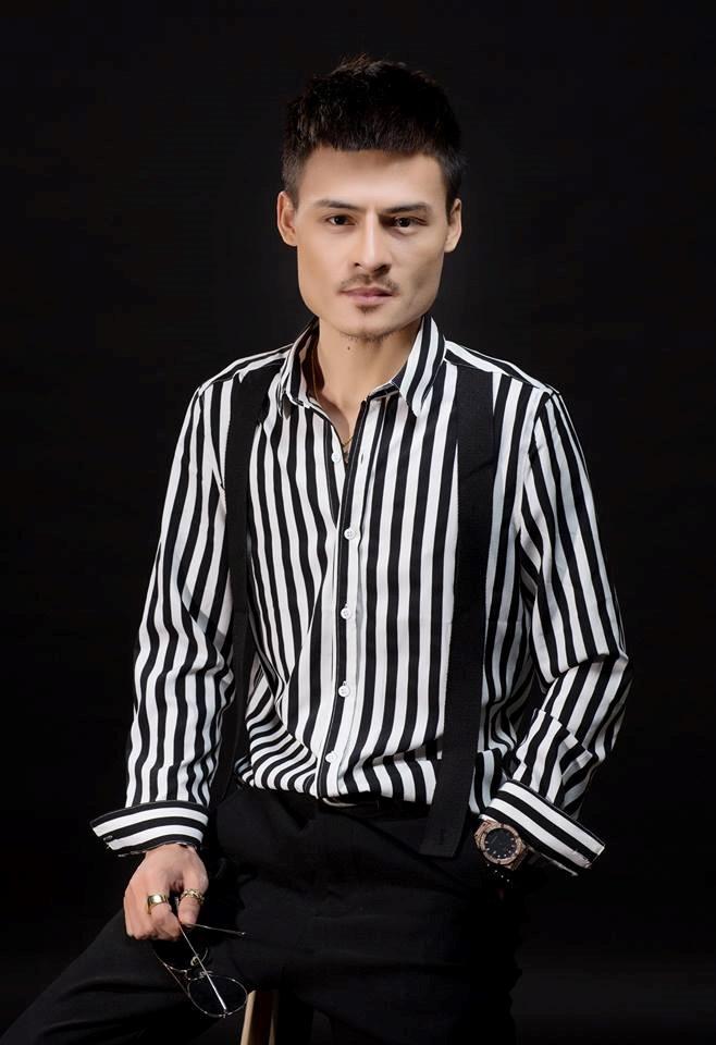 Chau Khai Phong: 'Ngam hoa le roi gay sot tro lai la nho Hoa Vinh' hinh anh 2
