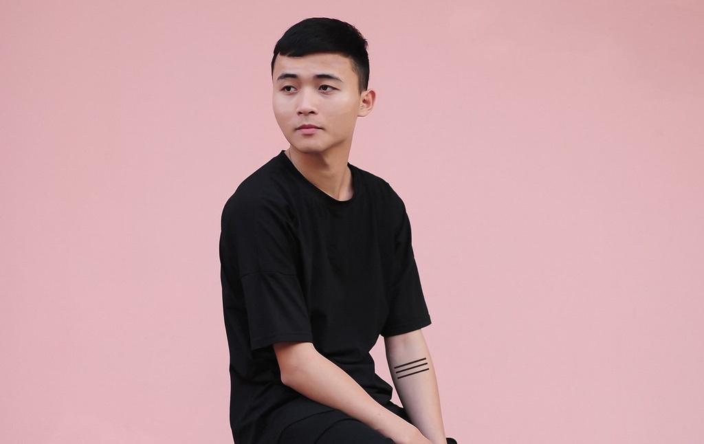 Chu nhan ca khuc 'Co gai M52': 'Mot not nhac toi cung khong biet' hinh anh 1