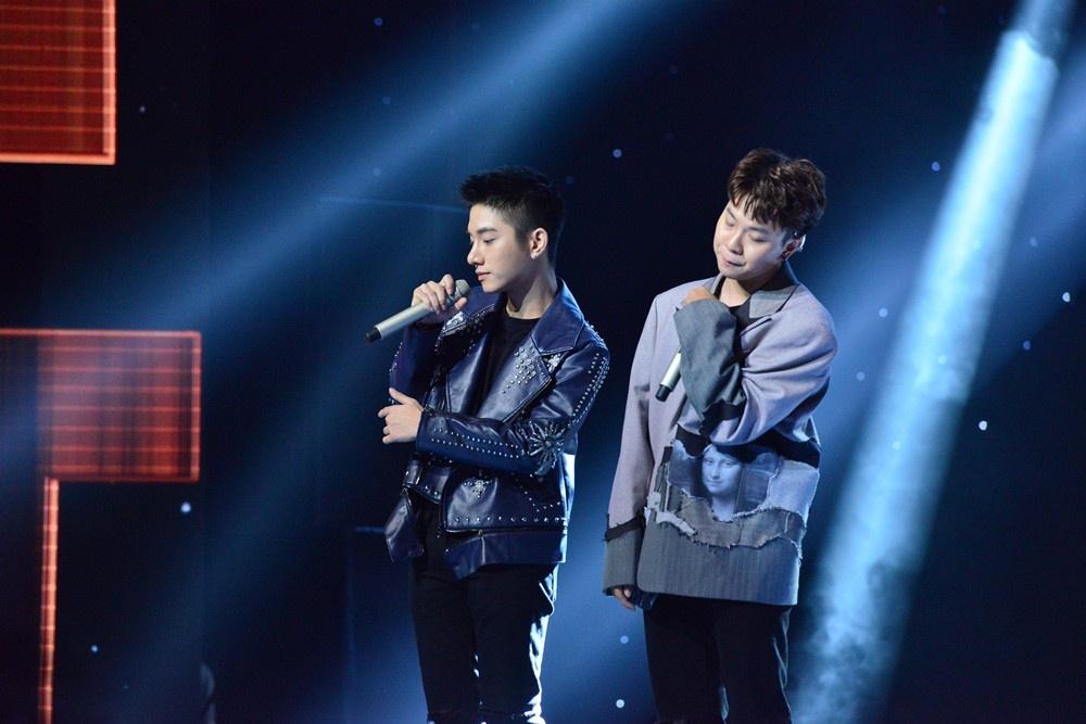 Juun Đăng Dũng và R.Tee chinh phục thành công HLV Giáng Son với ca khúc Vội  vàng.