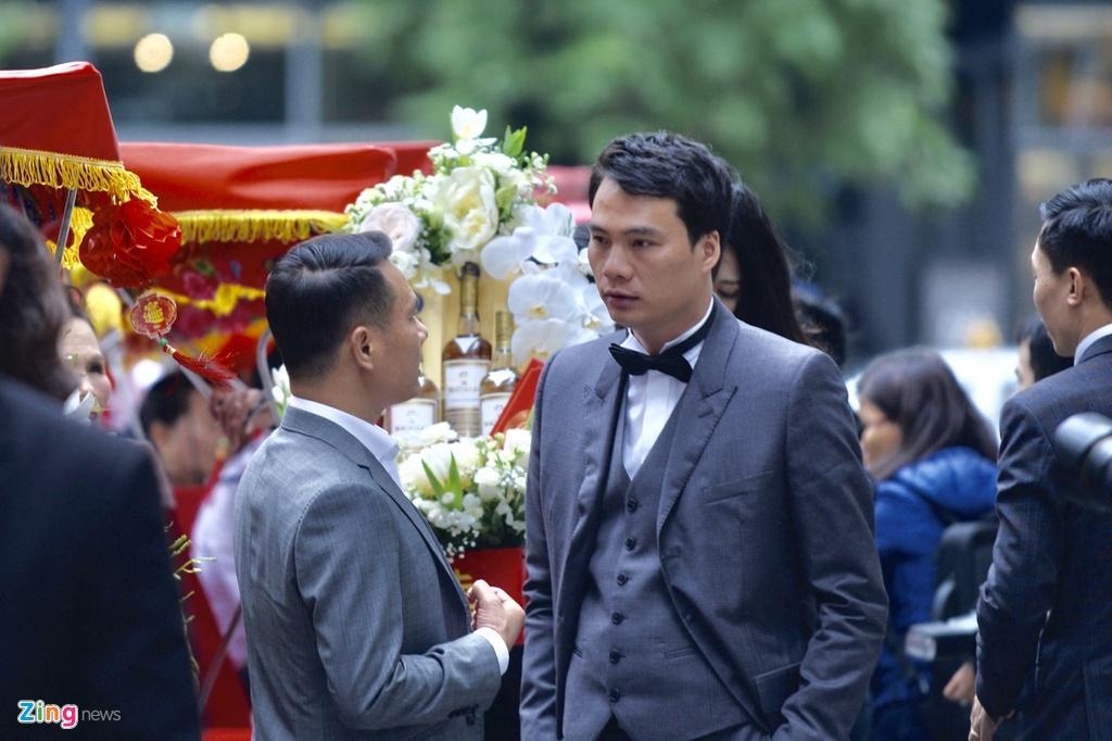 Ban trai CEO lich lam trong le an hoi voi A hau Thanh Tu hinh anh 8