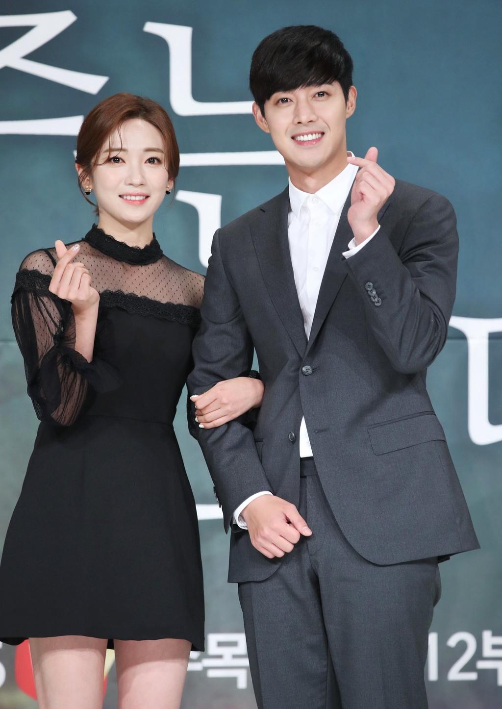 Kim Hyun Joong bi tay chay: Bi kich cua my nam noi tieng mot thoi hinh anh 3