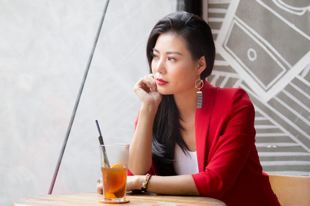'Lan cave' Thanh Huong: 'Con oa khoc, chong soc khi xem Quynh bup be' hinh anh 1