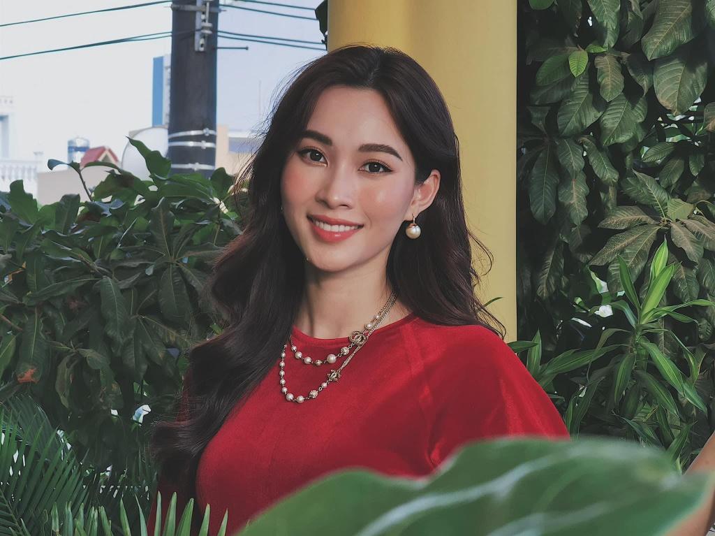 Hoa hau Dang Thu Thao thay doi the nao sau 7 nam dang quang? hinh anh 6