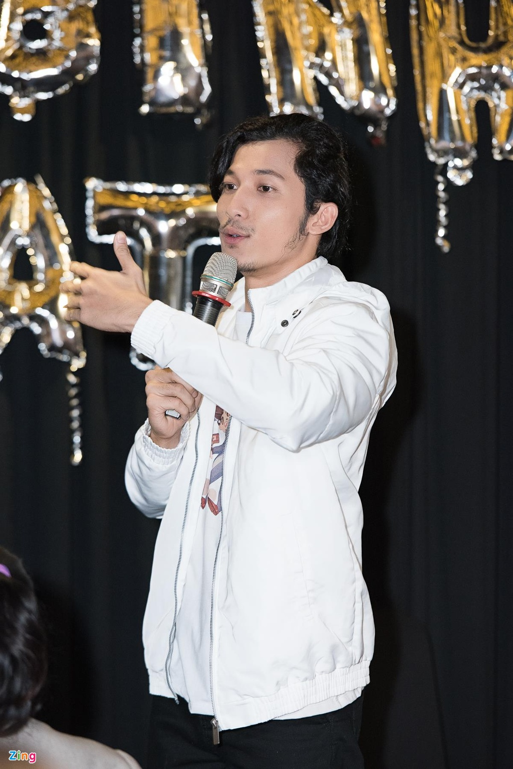 Lien Binh Phat: 'Neu giau toi se cuoi vo o tuoi 34' hinh anh 7
