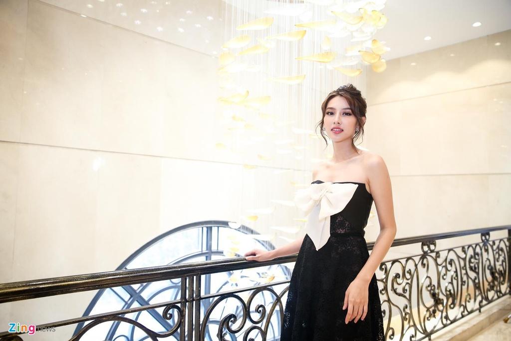 Tuong San thi Hoa hau Quoc te anh 9