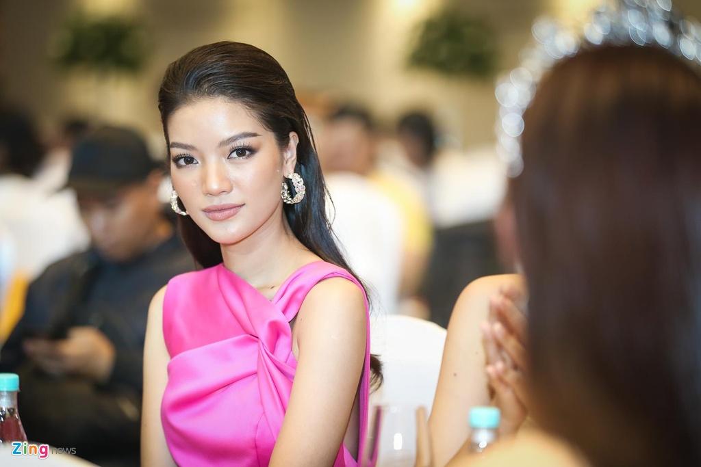 Tuong San thi Hoa hau Quoc te anh 8