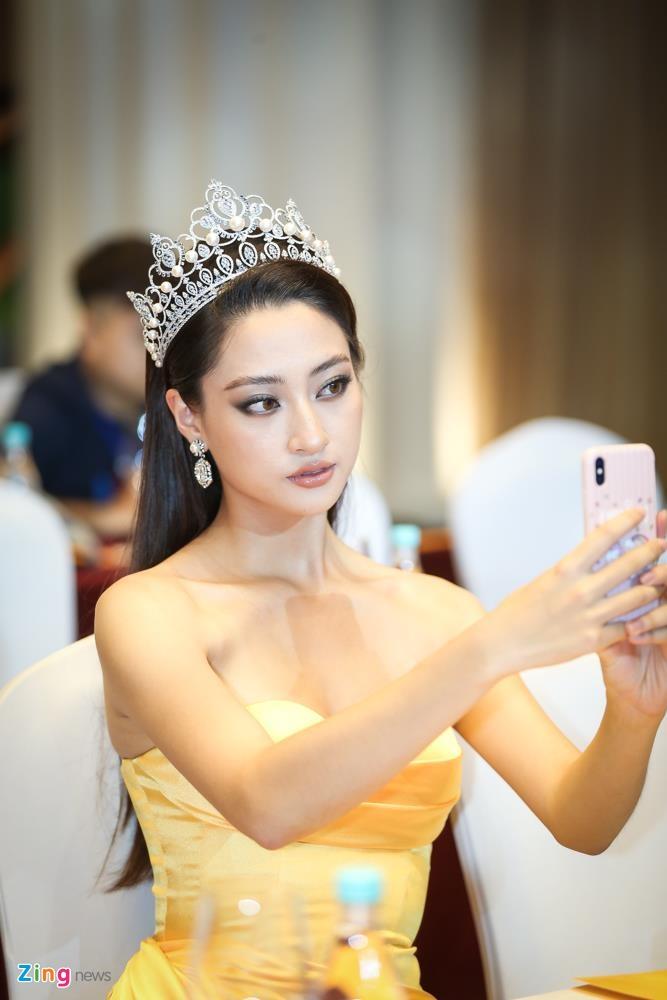 Tuong San thi Hoa hau Quoc te anh 7