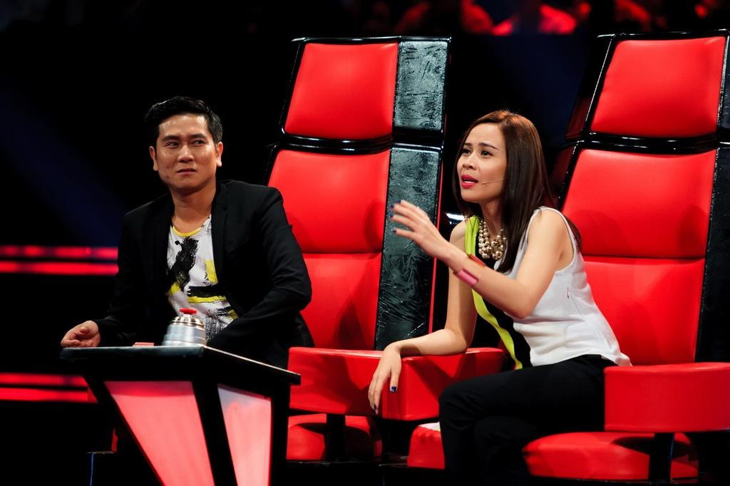 Ba lan Ho Hoai Anh, Luu Huong Giang tao nen quan quan The Voice Kids hinh anh 1