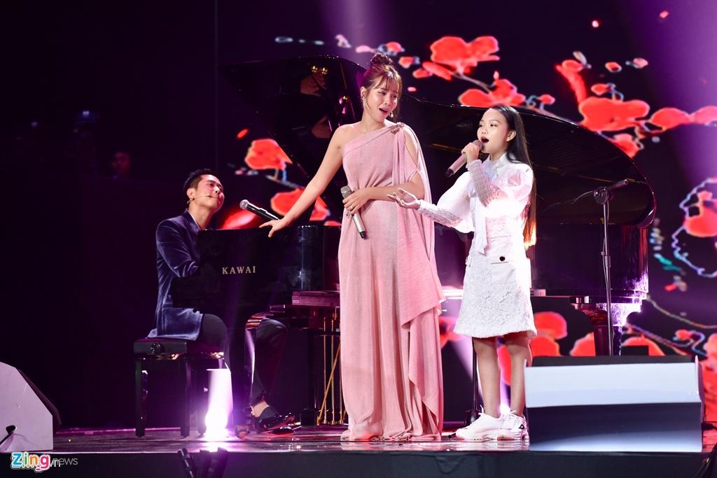 Ba lan Ho Hoai Anh, Luu Huong Giang tao nen quan quan The Voice Kids hinh anh 9