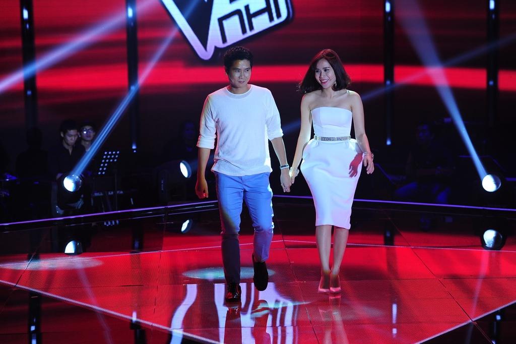 Ba lan Ho Hoai Anh, Luu Huong Giang tao nen quan quan The Voice Kids hinh anh 2