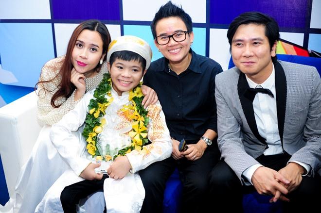 Ba lan Ho Hoai Anh, Luu Huong Giang tao nen quan quan The Voice Kids hinh anh 4