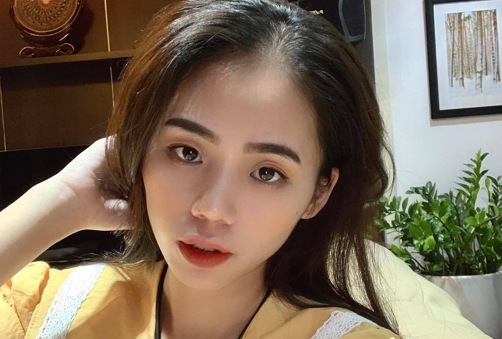 Huong Ly - tam diem thi phi moi cua showbiz Viet hinh anh 1