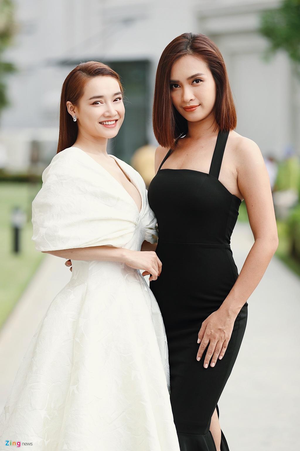 Nha Phuong va dan sao mac goi cam du cuoi Dong Nhi, Ong Cao Thang hinh anh 3