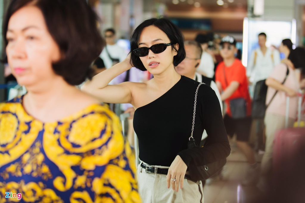 Minh Hang cung dan sao mac goi cam toi Phu Quoc hinh anh 4