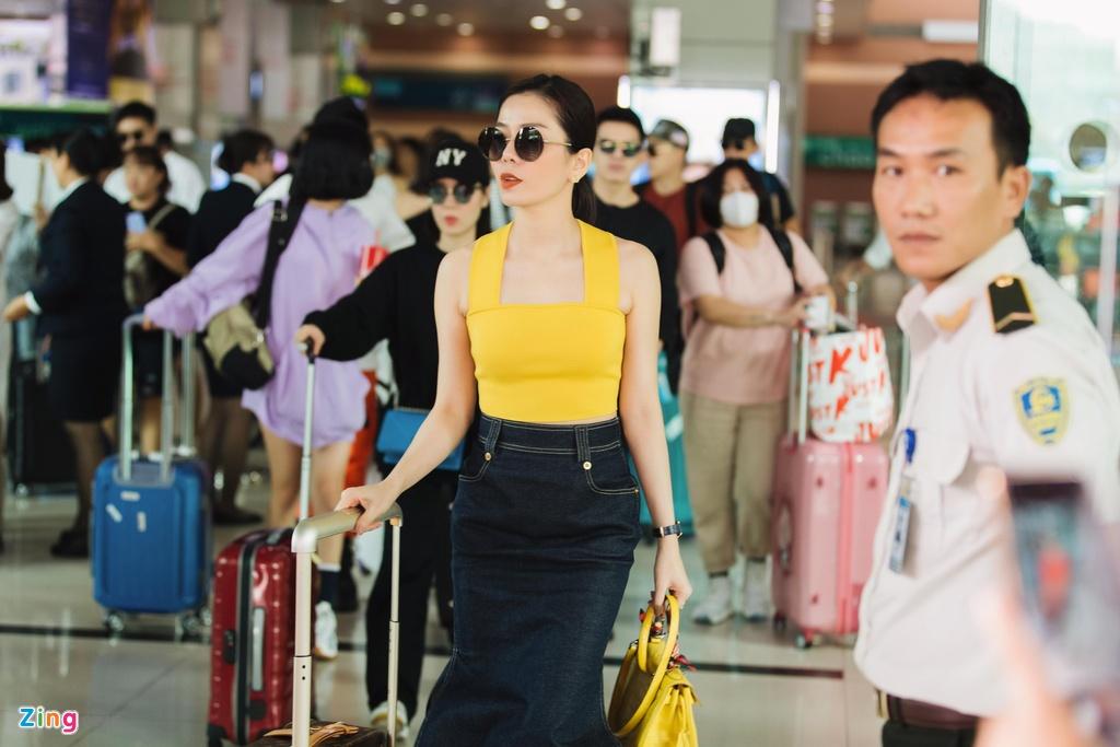 Minh Hang cung dan sao mac goi cam toi Phu Quoc hinh anh 6