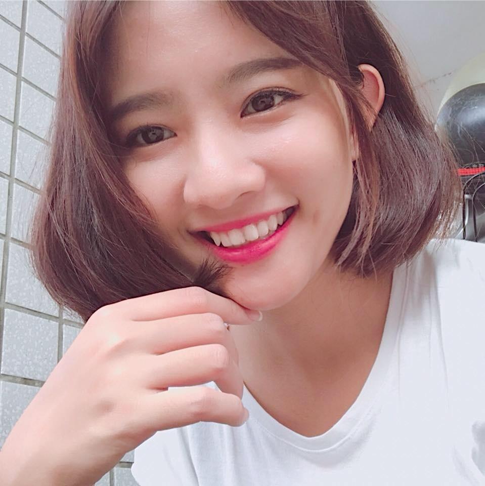 Dan hot girl Viet noi tieng nho dong MV hinh anh 11