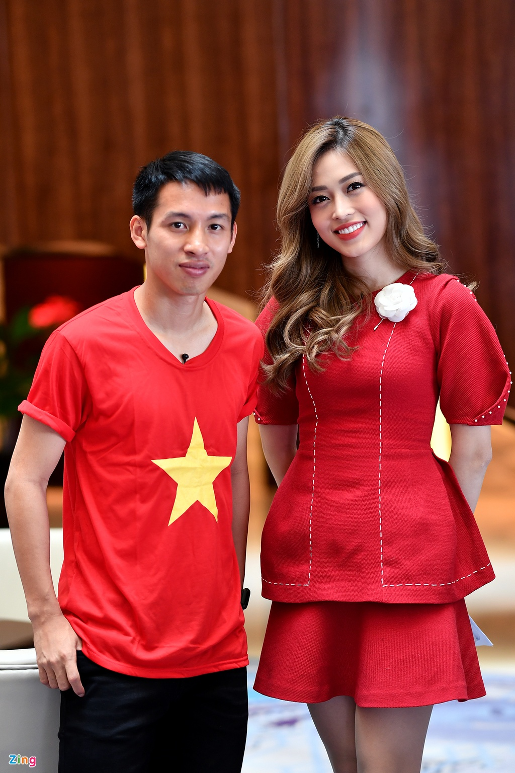 Hung Dung va A hau Phuong Nga vui ve tro chuyen ve SEA Games hinh anh 5