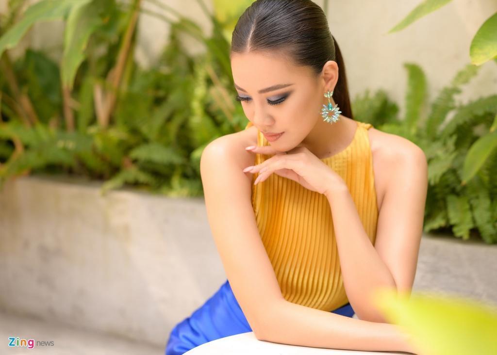A hau Kim Duyen: 'Ba me toi van day tu 3h sang ban com binh dan' hinh anh 1 kimduyen_Zing.jpg