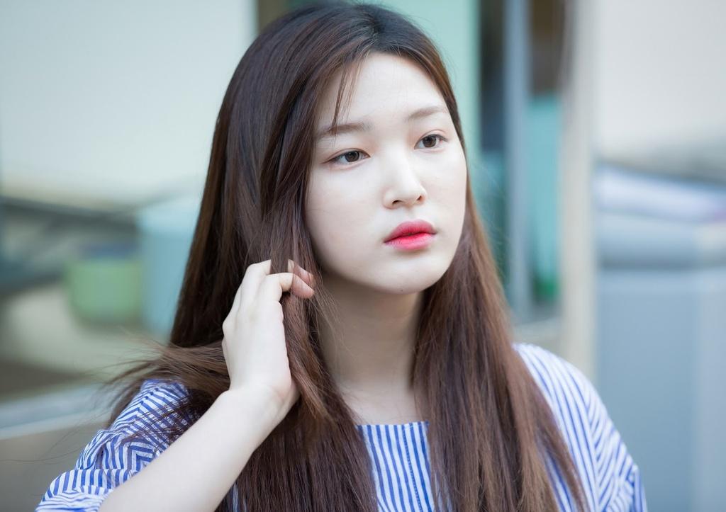 Yulhee ket hon anh 5
