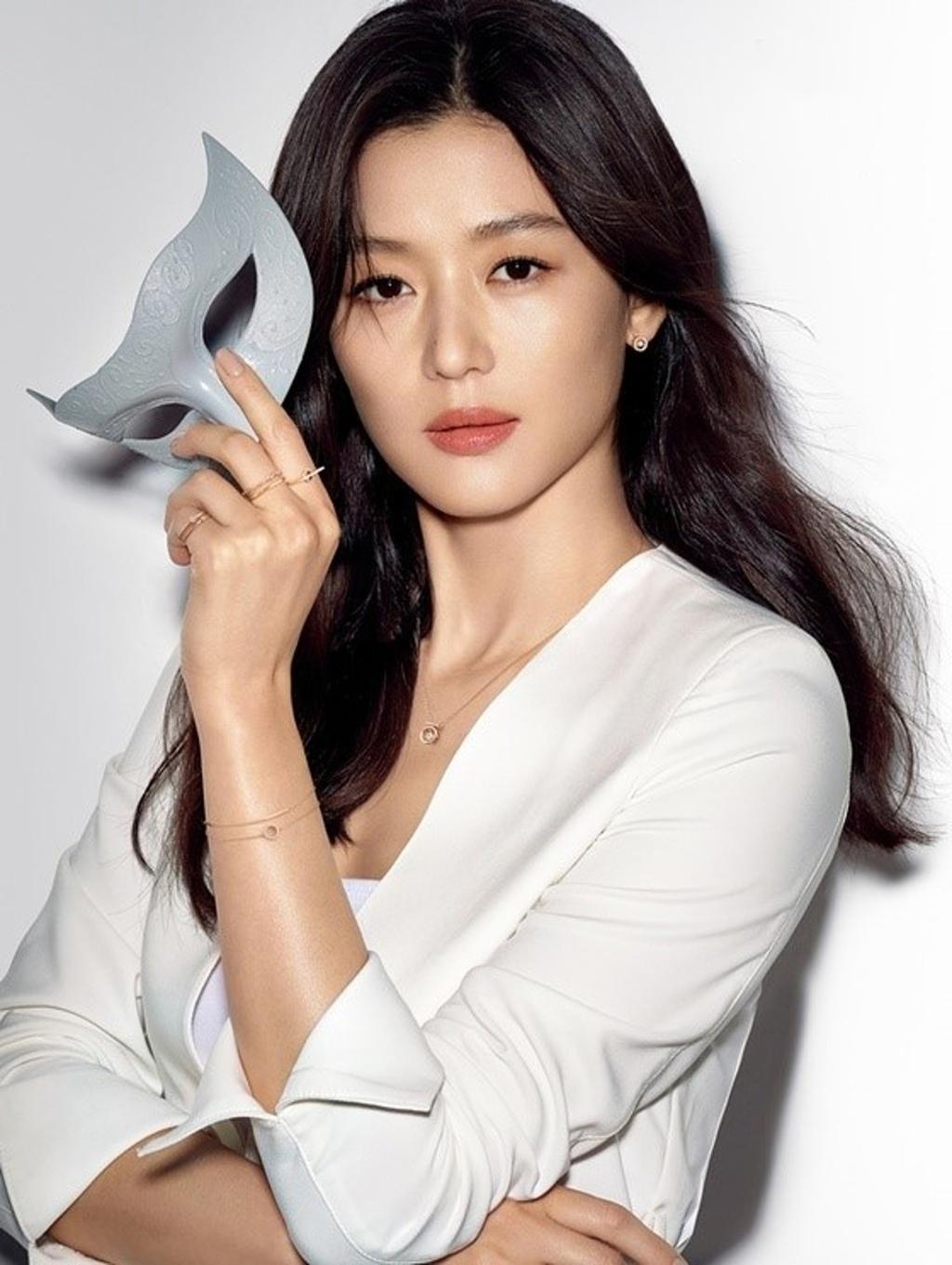 Jun Ji Hyun giau co anh 3