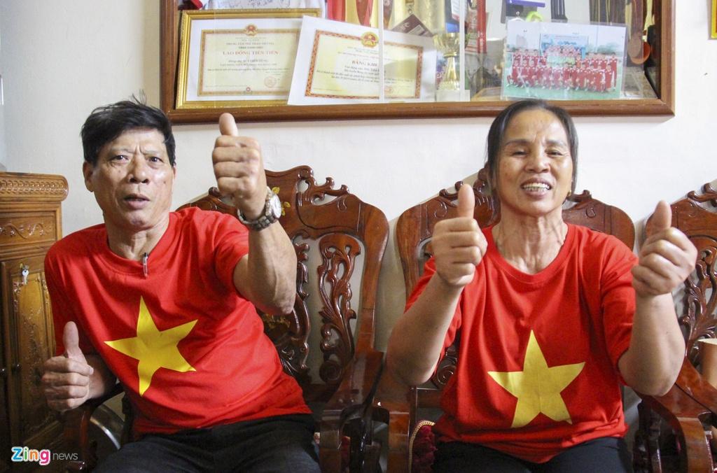 Cha me Cong Phuong, Tien Dung mong U23 lap nen ky tich hinh anh 2