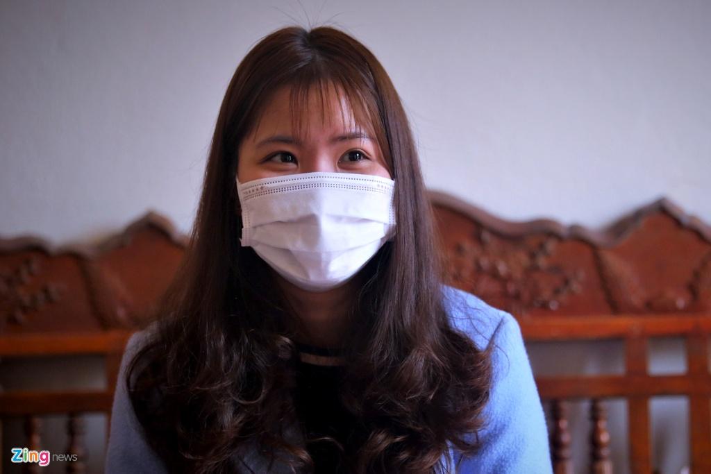 """Cô gái khỏi bệnh viêm phổi corona: """"Đừng nghĩ nhiễm bệnh là sẽ chết"""""""