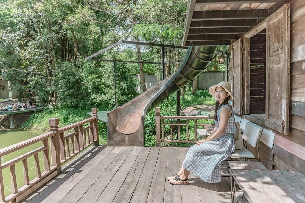 10 goc song ao tai Chiang Mai mua le hoi tha den hinh anh 16