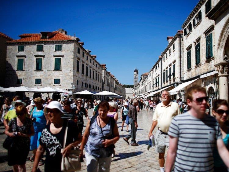Venice, Da Lat va nhung thanh pho xuong cap boi khach du lich qua tai hinh anh 7