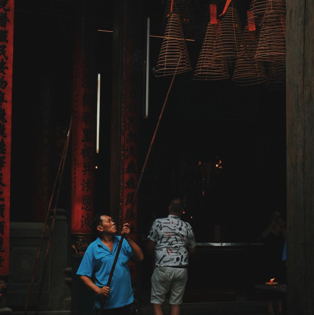 Check-in pho nguoi Hoa xua cu o Sai Gon trong ngay nghi le hinh anh 7