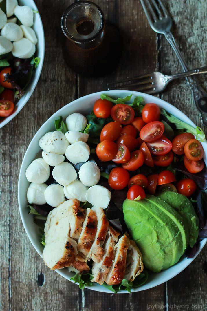 Salad bo tron ca chua, trung ga cho hoi chi em an sach, song khoe hinh anh 4