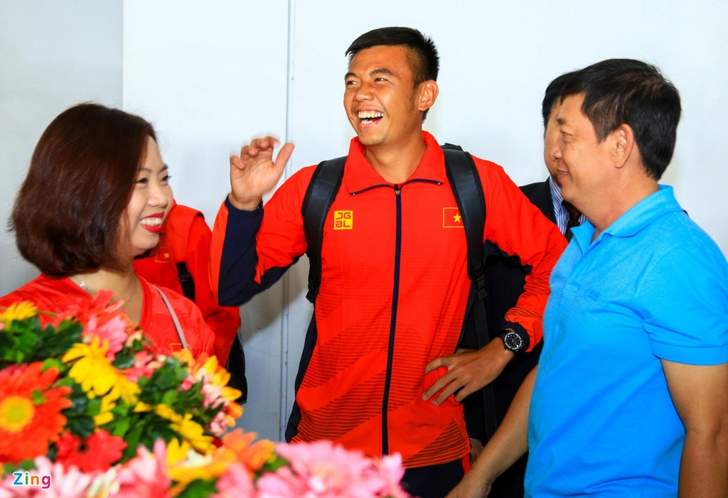 Ly Hoang Nam nhan 5.000 USD sau HCV lich su o SEA Games 30 hinh anh 2