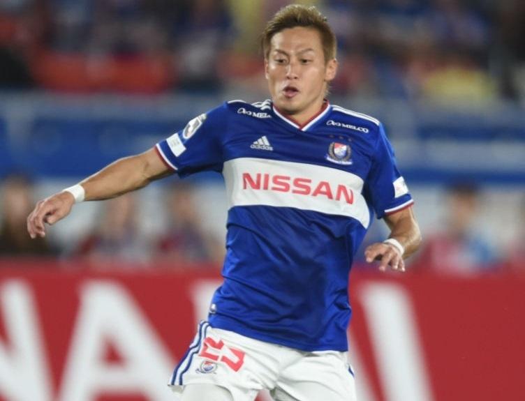 Chanathip chen chan vao top 10 cau thu dat nhat J.League hinh anh 6