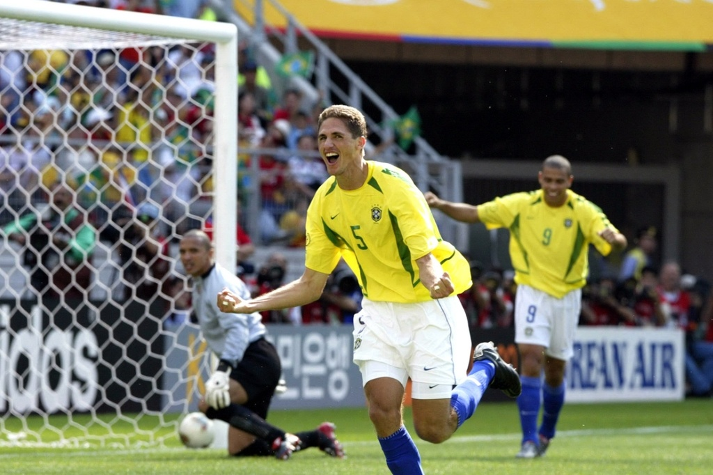 Ronaldinho va cac nha vo dich World Cup 2002 gio o dau? hinh anh 3