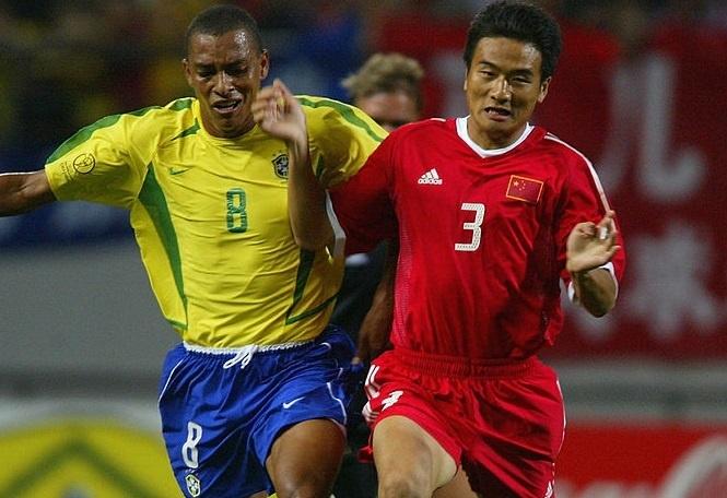 Ronaldinho va cac nha vo dich World Cup 2002 gio o dau? hinh anh 7