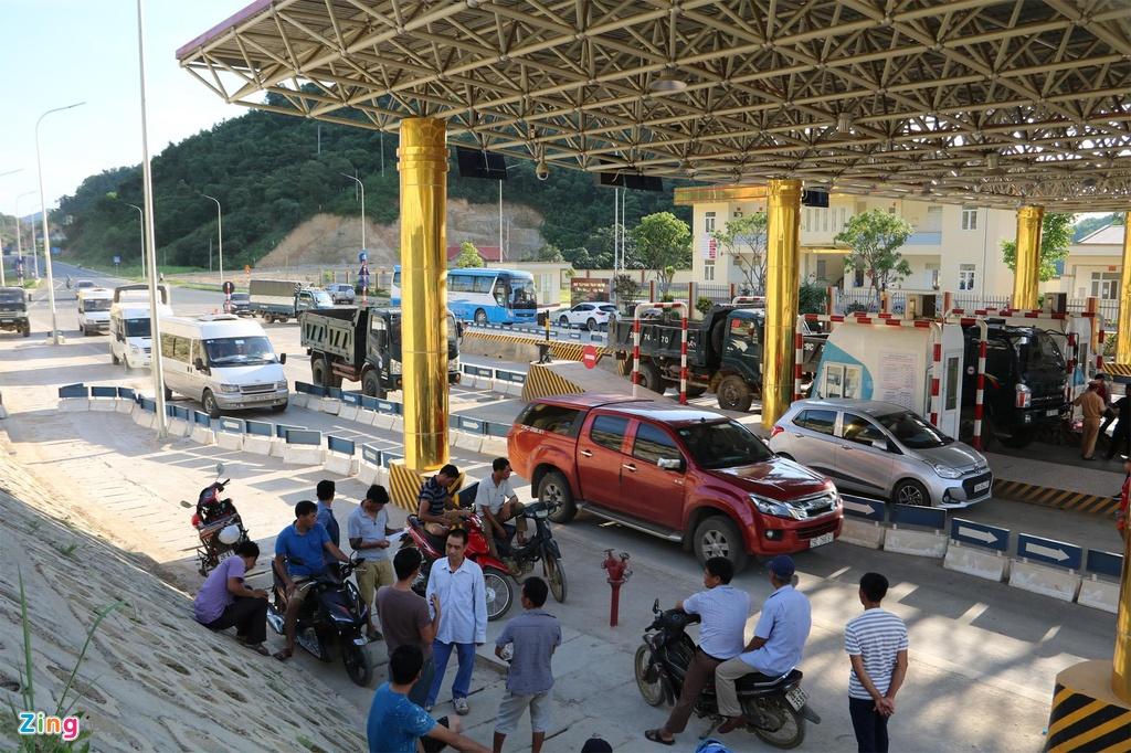 Vi sao tram thu phi BOT Hoa Lac - Hoa Binh bi nguoi dan phan doi? hinh anh 4