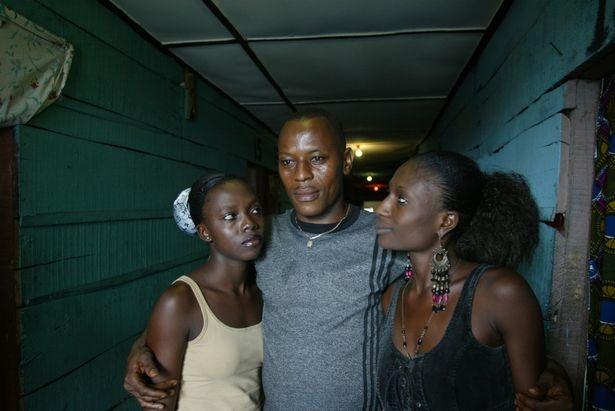 Cuoc song cua nhung co gai 'di khach' o Nigeria hinh anh 7