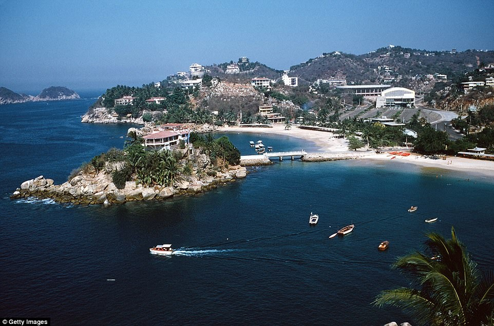 Acapulco: Tu thanh pho bien den 'thu phu' dam mau o Mexico hinh anh 11