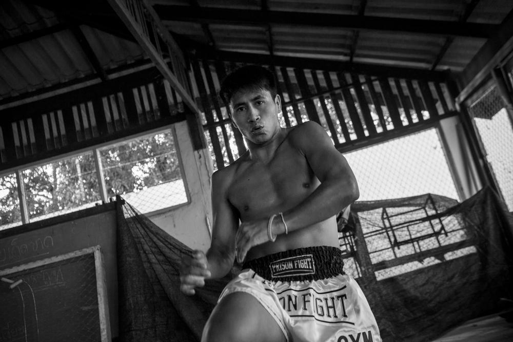 Cuoc dau vo gay can cua pham nhan Thai Lan de doi lay tu do hinh anh 5