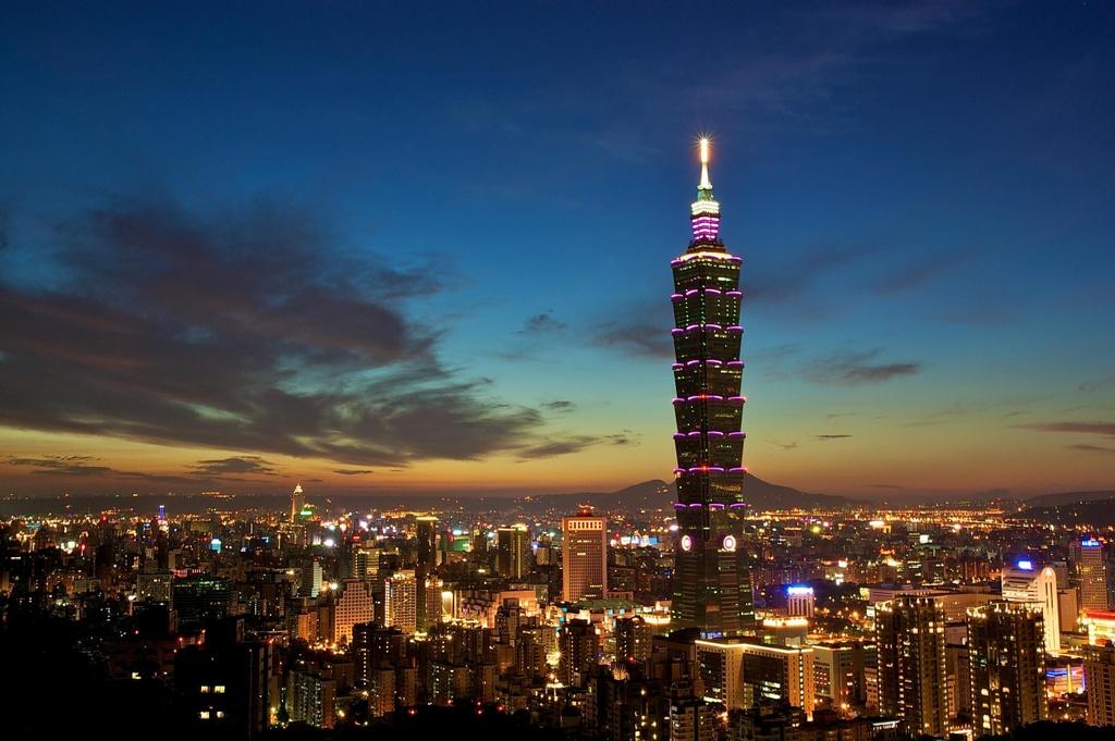 Bi Malaysia soan ngoi, Landmark 81 o dau trong cac toa cao nhat chau A hinh anh 7