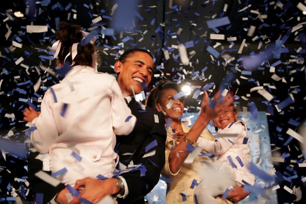 Vo chong cuu Tong thong My Barack Obama so huu gan 250 trieu USD hinh anh 1