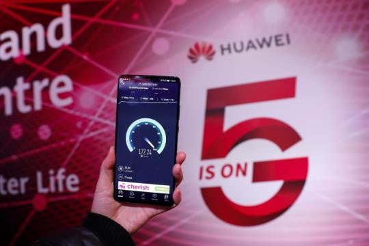 Huawei bi loai bo, quan he 'vang son' Anh - Trung Quoc tan vo? hinh anh 1 pic1_34131348.jpeg