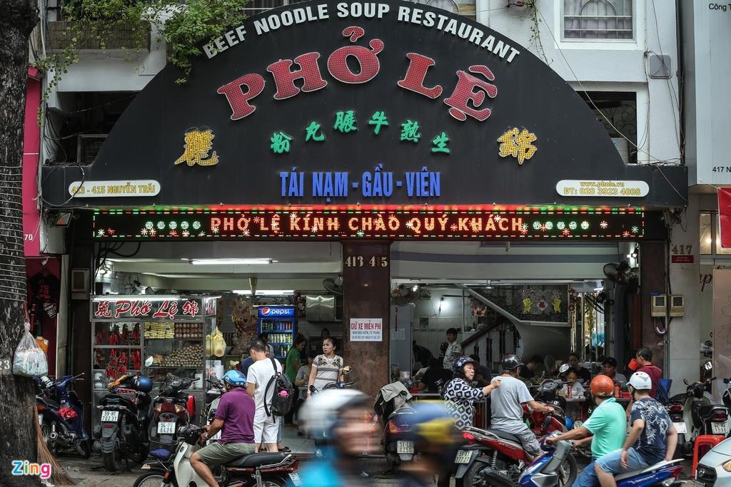 Đón hơn 2000 lượt khách mỗi ngày, quán phở 50 năm ở Sài Gòn nhượng quyền khắp Hong Kong