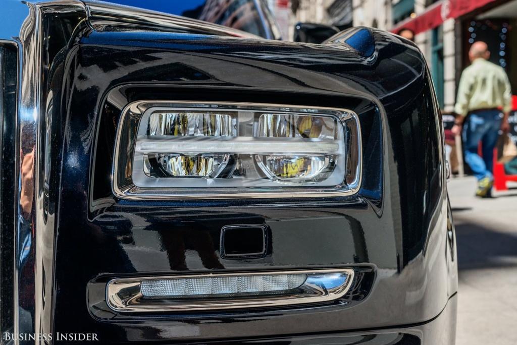 Rolls-Royce Phantom - tuong dai cua the gioi xe sieu sang hinh anh 5