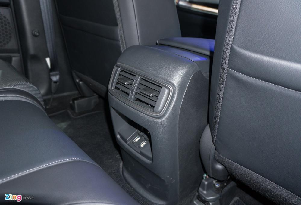 Honda CR-V 7 cho anh 7