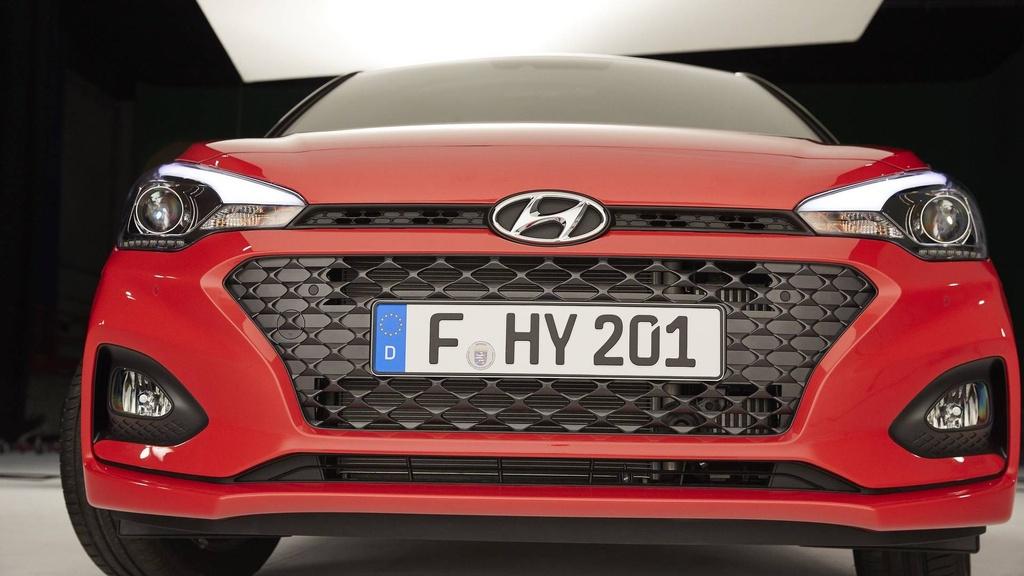 Hyundai nang cap i20, canh tranh Toyota Yaris hinh anh 3