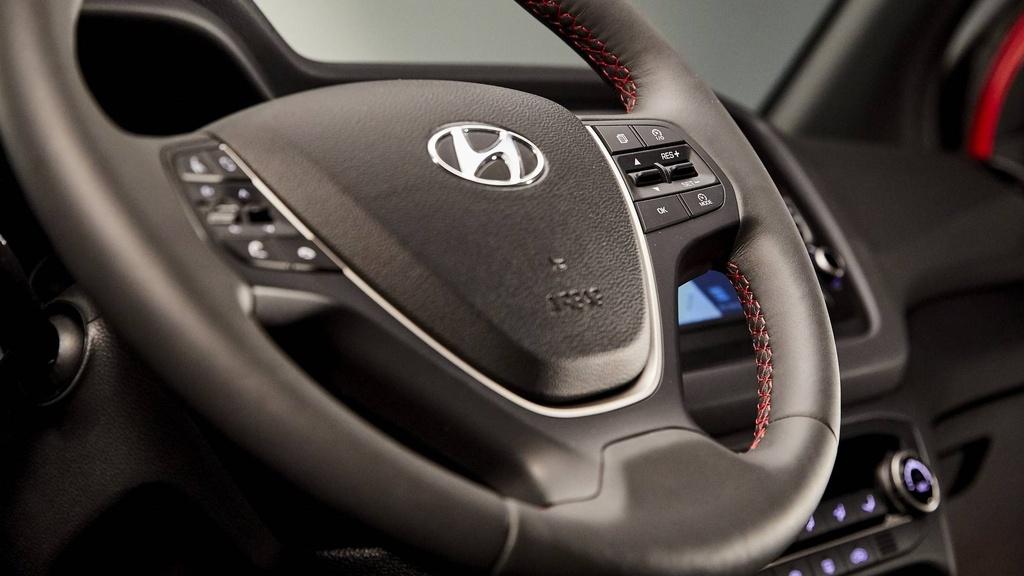 Hyundai nang cap i20, canh tranh Toyota Yaris hinh anh 8