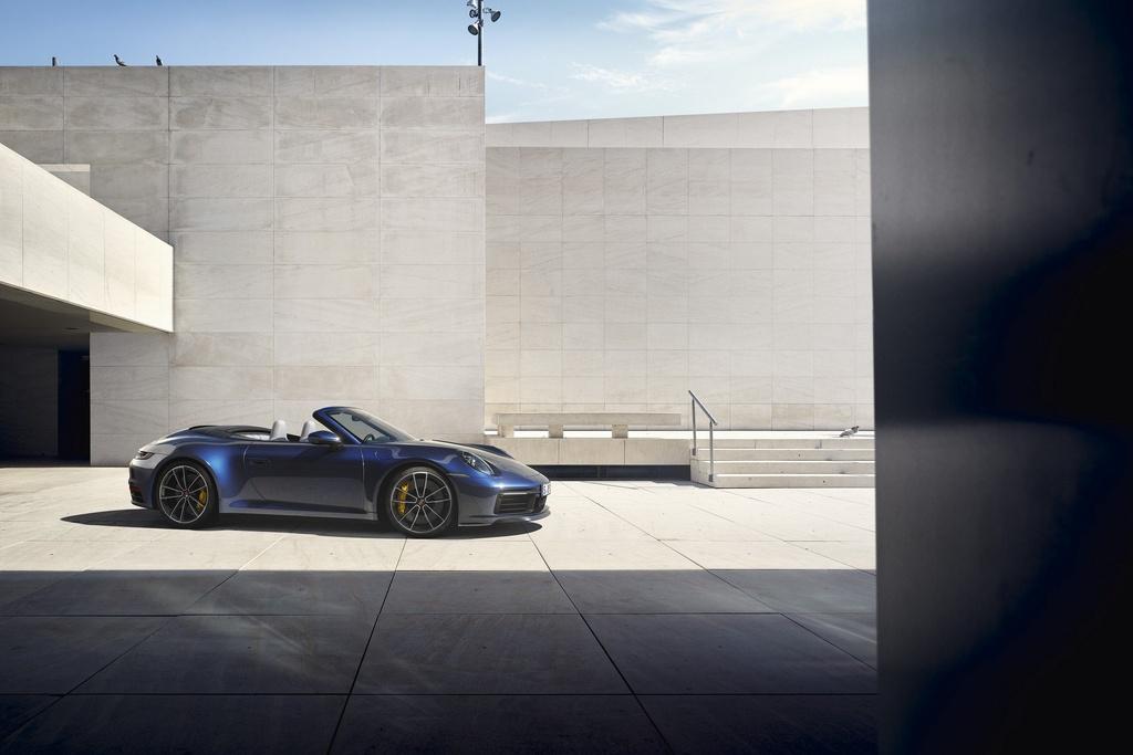 Porsche 911 Cabriolet 2020 ra mat, manh 443 ma luc hinh anh 8