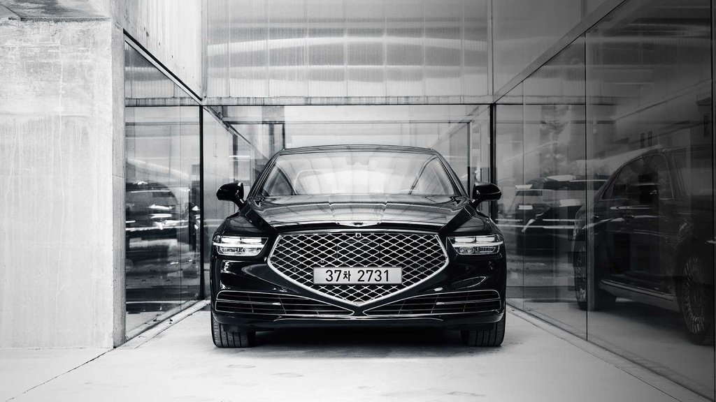 Genesis G90 Limousine canh tranh voi Maybach anh 1