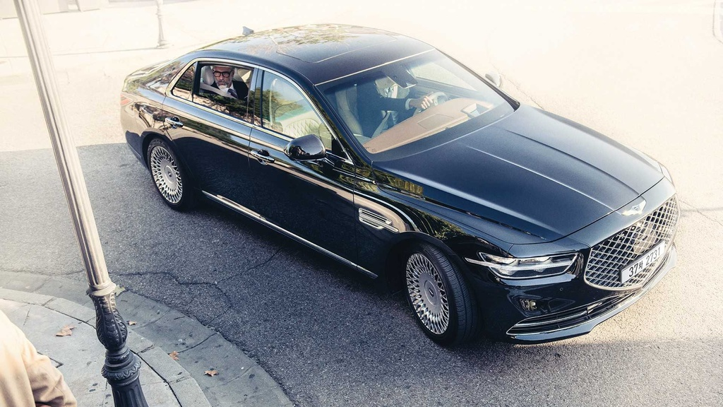 Genesis G90 Limousine canh tranh voi Maybach anh 6
