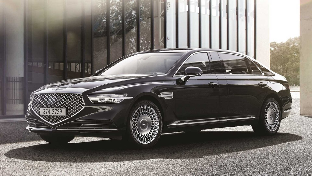 Genesis G90 Limousine canh tranh voi Maybach anh 5